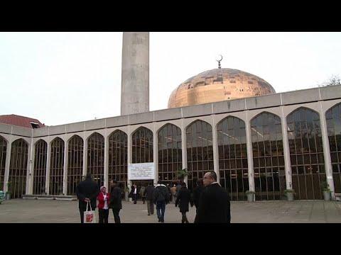 طعن رجل في مسجد بالقرب من ريجنتس بارك في لندن  - نشر قبل 7 ساعة