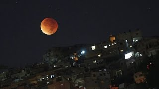 THE BEST IMAGES OF THE TOTAL LUNAR ECLIPSE. TODAY SEPTEMBER 28, 2015 (BLOOD MOON)