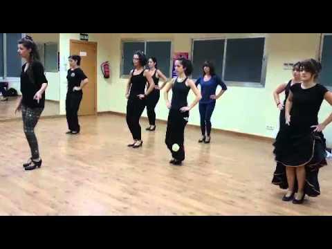 CLASES DE FLAMENCO EN LEGANÉS . Academia de baile Sandra D Vega .