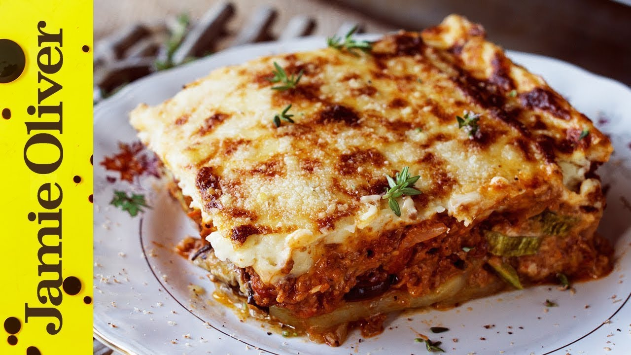 How to make greek moussaka akis petretzikis youtube for Apollon greek and european cuisine
