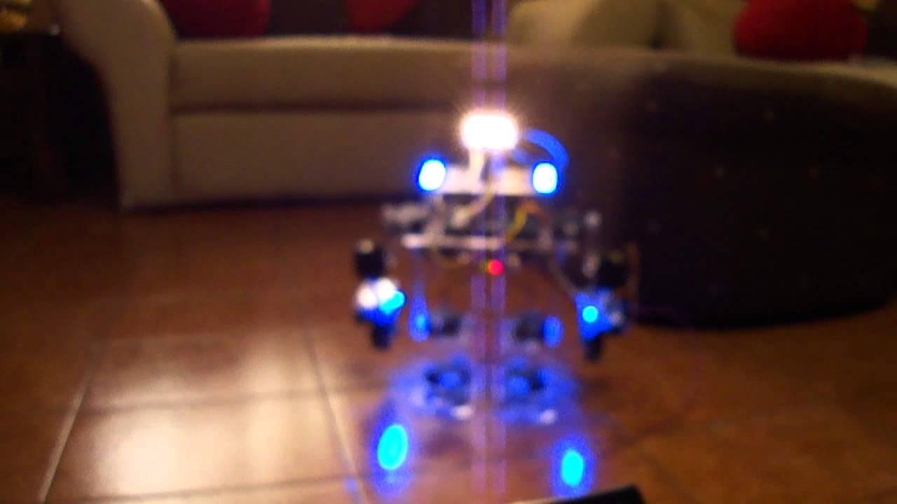 Humanoid robot based on arduino vid