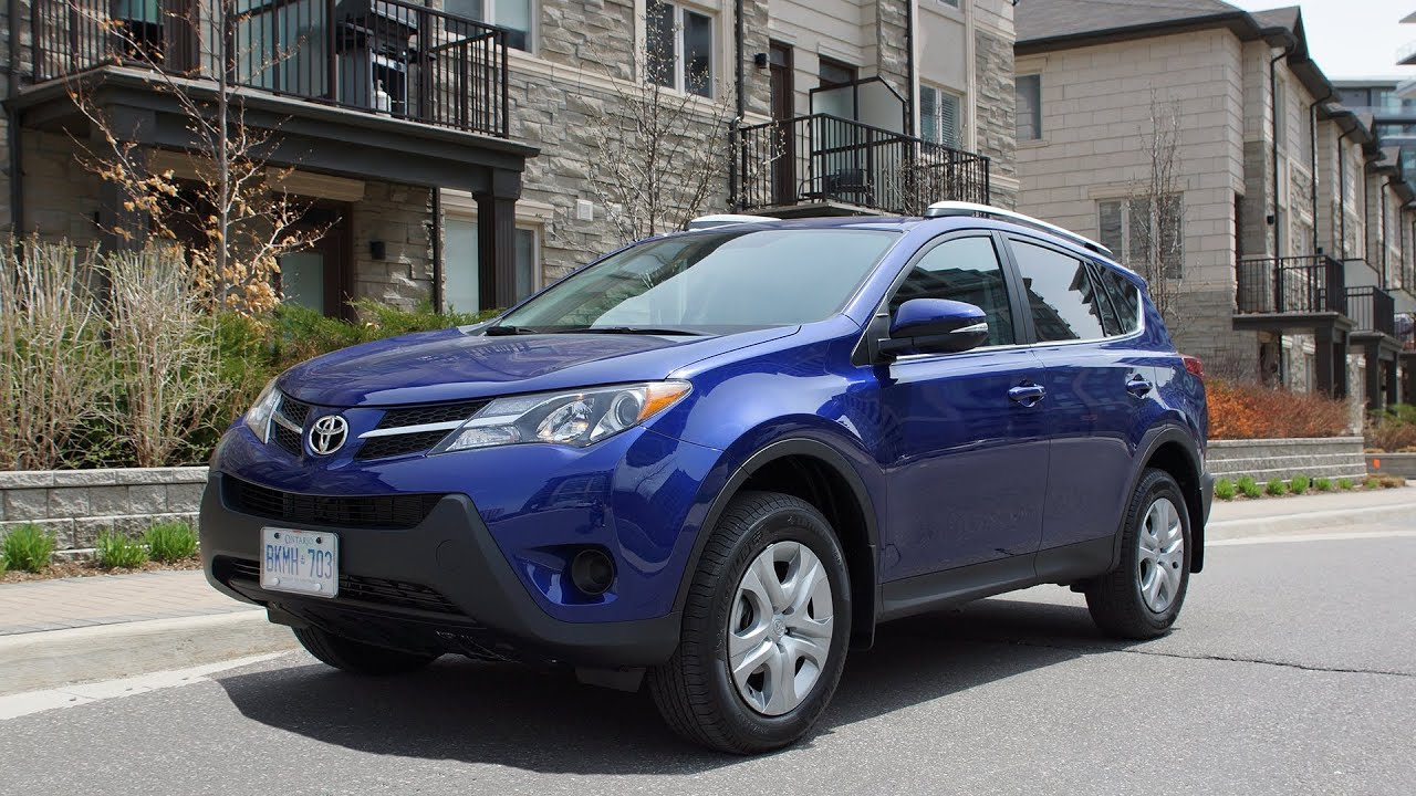 2014 toyota rav4 le fwd review youtube. Black Bedroom Furniture Sets. Home Design Ideas