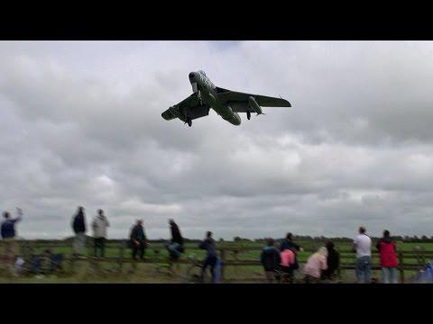Great Sounding Dutch Hunter Jet N-294.