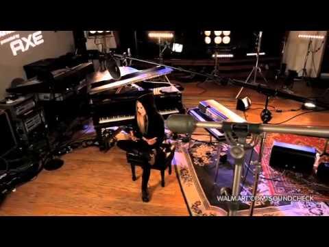 Avril Lavigne - Interview (Walmart Soundcheck) 2011