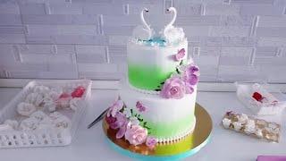 Летний свадебный торт в 2 яруса