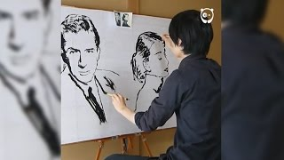 Japanese artist draws two separate portraits simultaneously