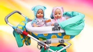 Une grande poussette pour deux poupons bébé born. Vidéos amusantes avec le mime