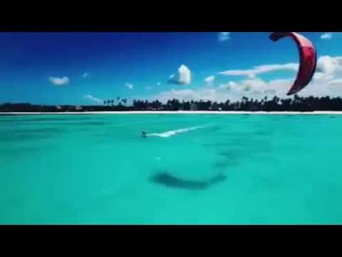 ESPORTES NO MAR DE ZANZIBAR - TANZANIA - SPORTS IN THE OCEAN