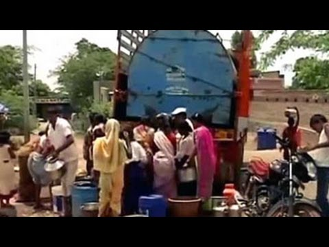 What happens when water tankers reach a drought-hit Marathwada village Mp3