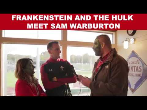 Lois and Oli from Heart Breakfast chat with Sam Warburton