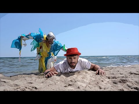Giuseppe D'Amati - L'isola Di Plastica - Official Video