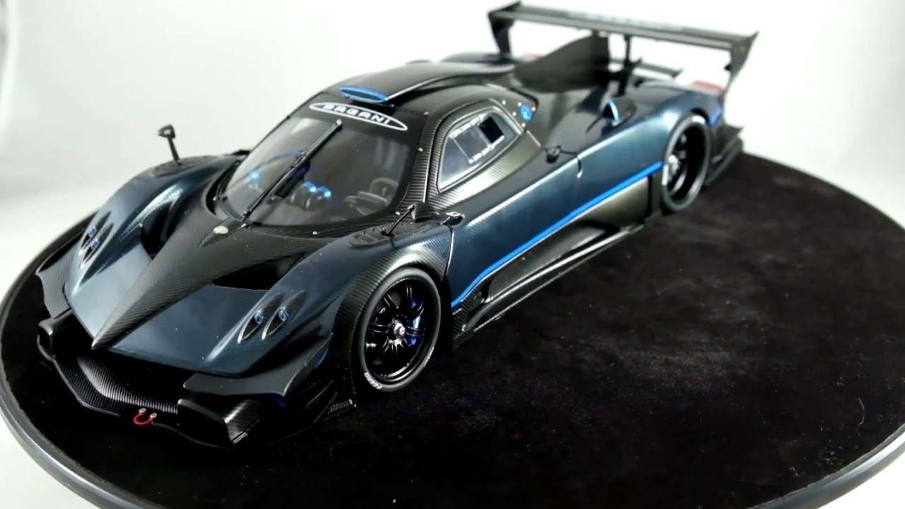 Review Pagani Zonda Revolucion blue carbon 1:18 AutoArt - YouTube