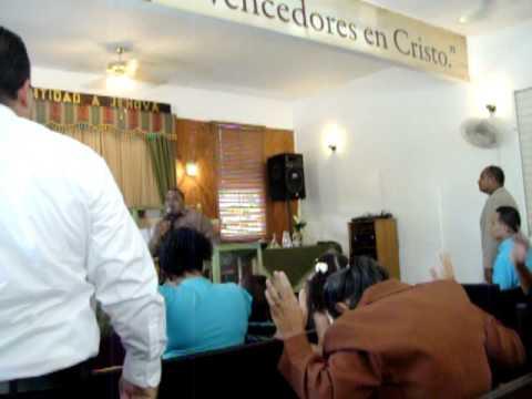 Evang. Santos Lebron en iglesia redimidos en crist...