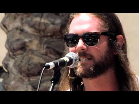 The Dirty Heads  'Lay Me Down' at Sunset Sessions ROCK! 2014 mp3