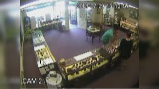 Man lifts $19K ring from Mystic jewelry store