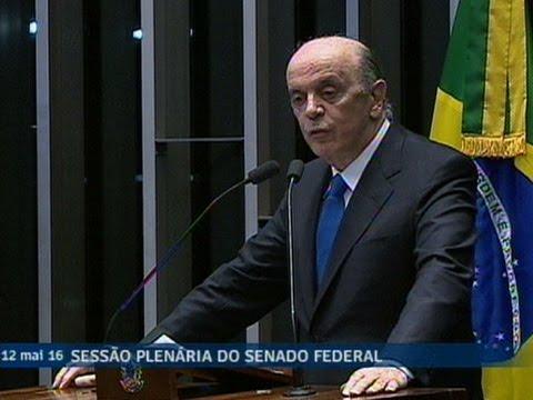 'Temos que juntar forças para reconstruir o Brasil', ressalta José Serra