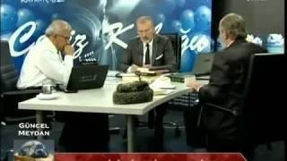 Gambar cover Üstad Kadir Mısıroğlu'na karşı Kemâlist profesör Ahmet Saltık