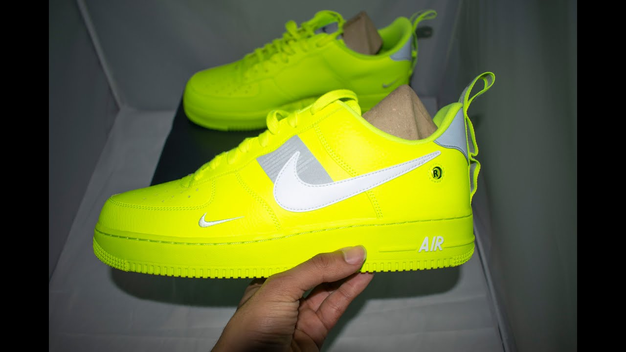 official photos 1cacf c5066 Nike Air Force 1 Utility Neon Yellow Unboxing