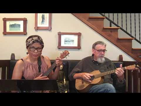 """MALAIKA"" - Miriam Makeba  1960's. An African Love Song On Ukuleles - Cover."