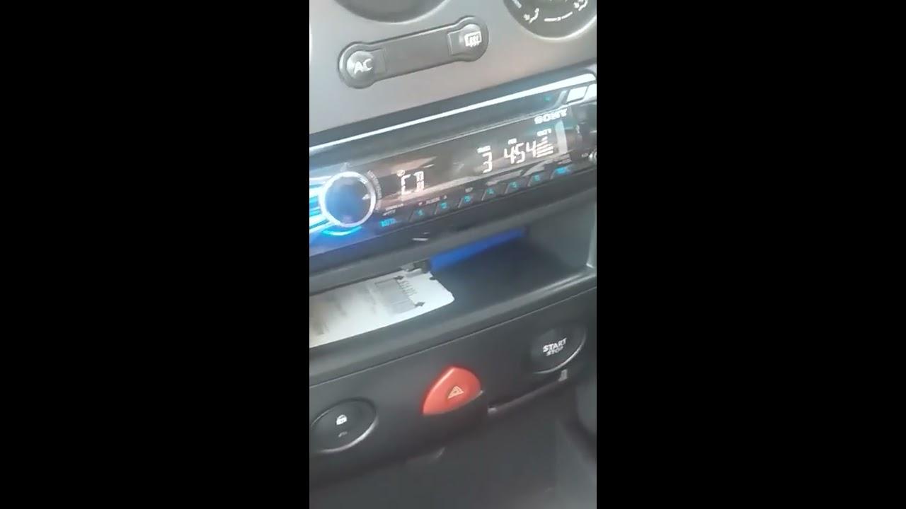 Jak Odpalic Renault Megane Gdy Nie Widzi Kluczyka Youtube