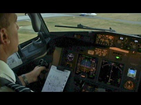 Westjet 737-700 into Calgary (2005)