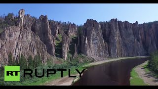 Download Video Lena Pillars: Drone buzzes new UNESCO site in Yakutia region MP3 3GP MP4
