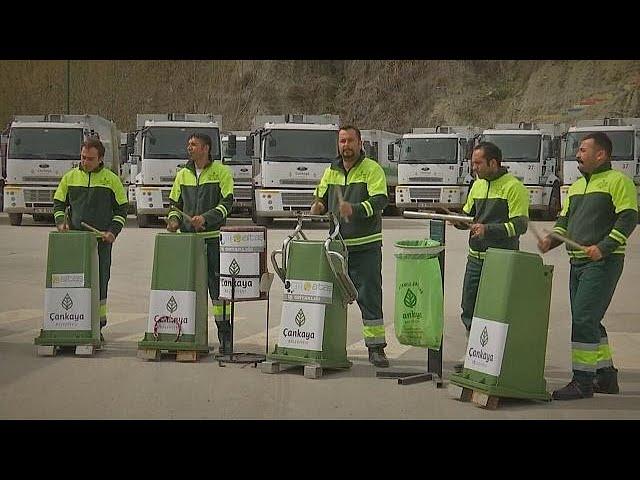 Turkey's garbage men make music from trash