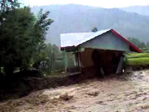 Flood in Mundri Nalah Sheeri Baramulla