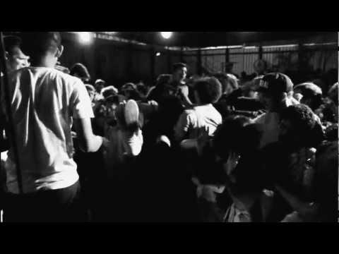 FIDLAR - The Punks Are Finally Taking Acid (Live)