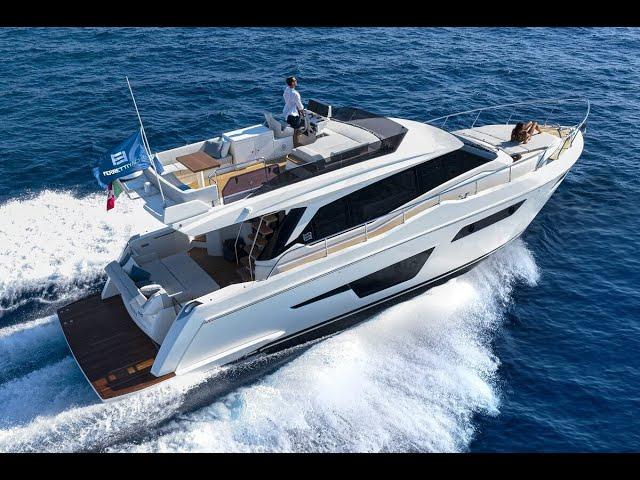 Ferretti Yachts 500: Just Like Home