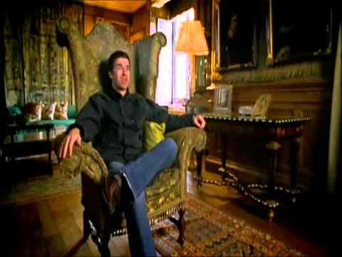 Noel Gallagher talks about famous Vanity Fair cover
