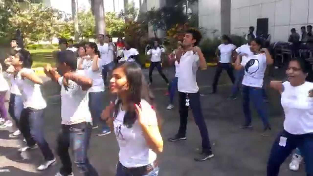 Qualcomm Bangalore: Flash mob on BDC 10th Anniversary