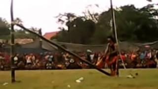 Video Mengerikan Reog Ponorogo Atraksi Menantang Maut
