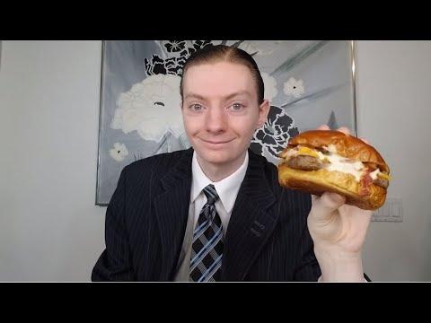 Wendy's NEW Pretzel Bacon Pub Cheeseburger Review!