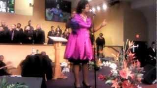 Salute 2 Tramaine Hawkins-Alfreda Lyons Campbell