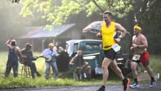 Rednecks Serenade Marathon Runners