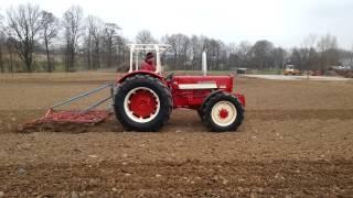 IHC 624 Allrad Agriomatic-S nach Restauration beim grubbern