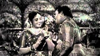 Muthulakshmi And A.Karunanidi love comedy - Sarangadhara