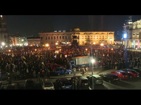 LIVE: Counter-protest meets PEGIDA demo in Dresden