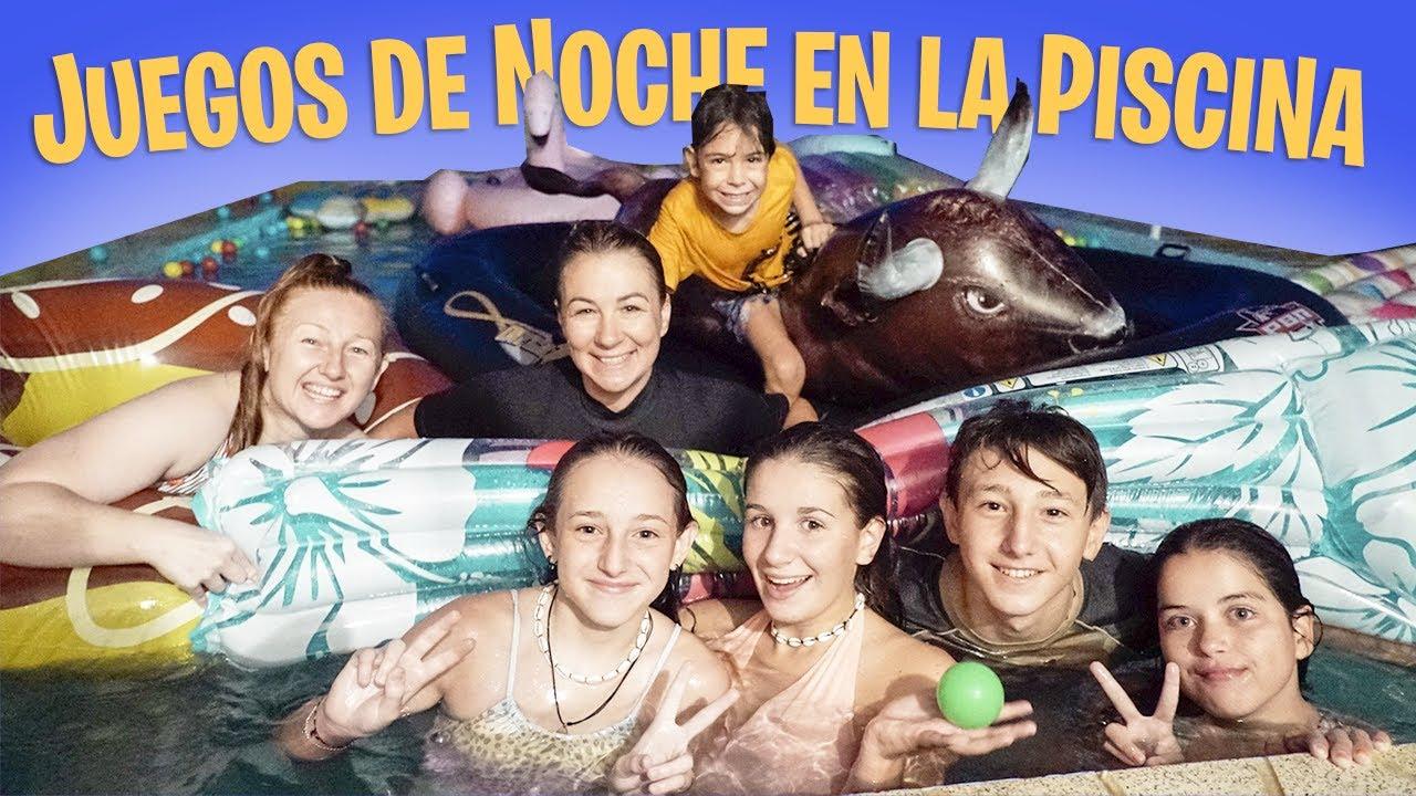 COMPETICIÓN en LA PISCINA ¡¡DE NOCHE!! con FAMILIAS YOUTUBERS