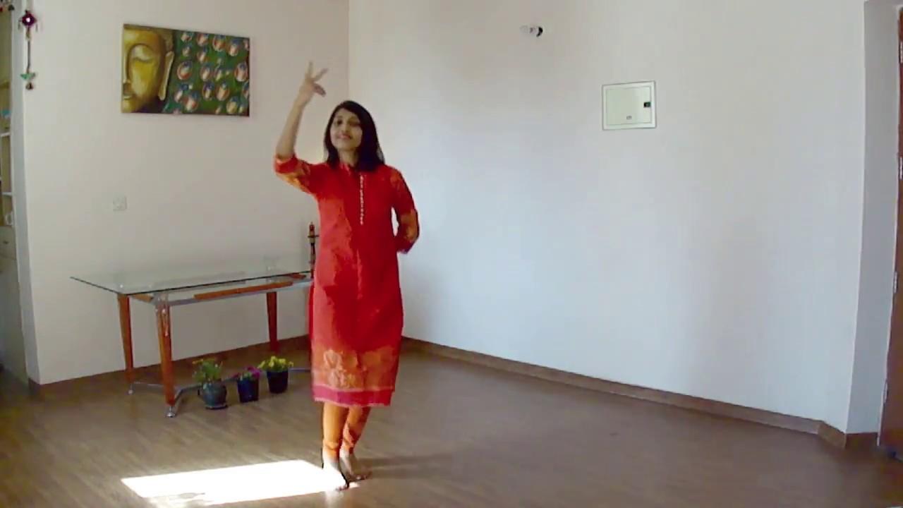Dheeme Dheeme Gaoon - Zubeida - Bridal song dance steps