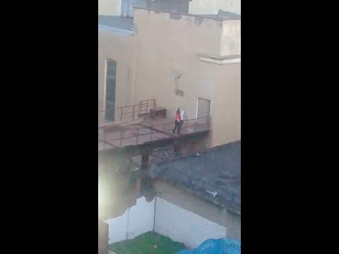 """Интим на уличной площадке клуба """"Котельная"""" в Спб"""
