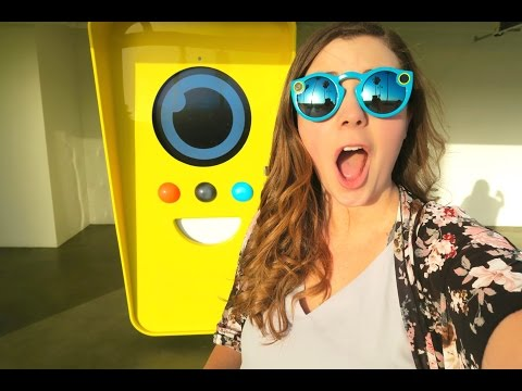 SNAPCHAT SPECTACLES VENDING MACHINE! Snapchat Spectacles Review, Unboxing + Snapchat Glasess Video!