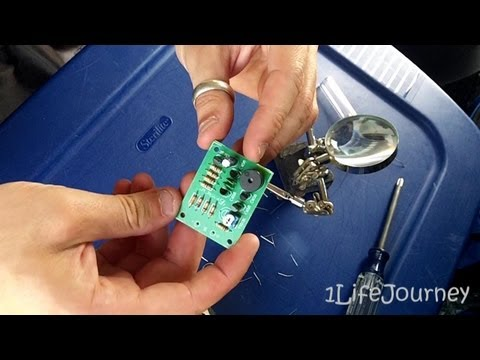 Low Battery Voltage Alarm Kit - Future Kit FK915 - Solar Voltage Alarm