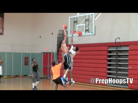 Oregon Duck commit Trevor Manuel Lansing Everett DUNKS on DEFENDER
