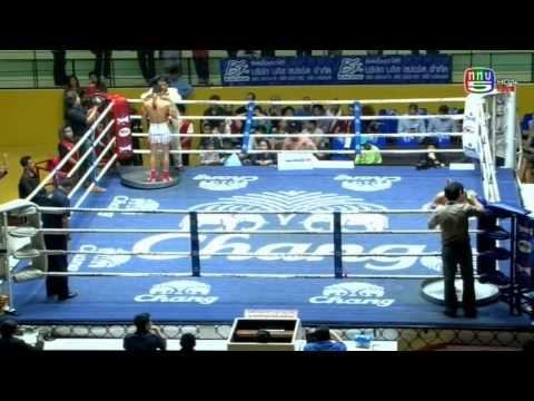 Professional Muay Thai Boxing from Lumphinee Stadium on 2015-01-31 at 10 pm