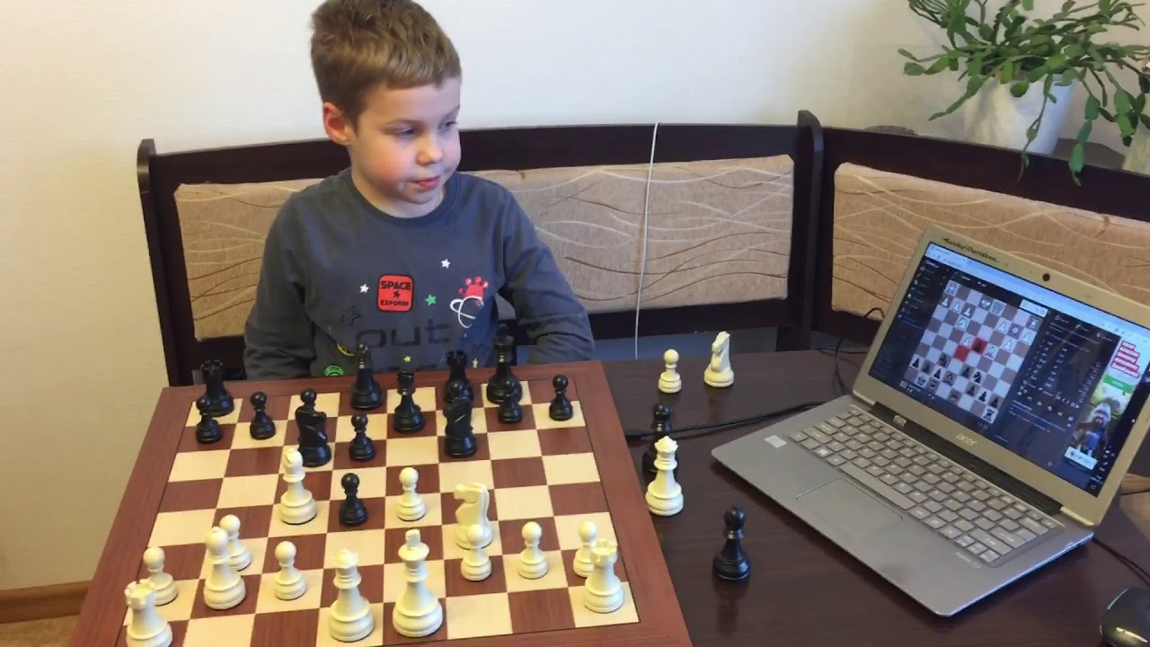 Шахматы DGT Smart Board на Chess.com