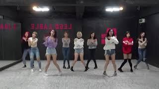 Gambar cover MOMOLAND-BBoom BBoom [Dance 1.5x Faster]