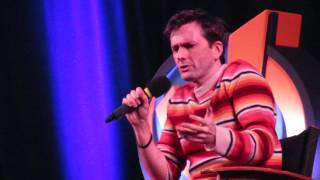 David Tennant- Comparing Jessica Jones and Doctor Who (Madison Wizard World 2016)