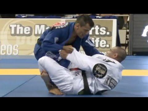 """Rubens """"Cobrinha"""" Charles VS Leonardo Saggioro / World Championship 2012"""